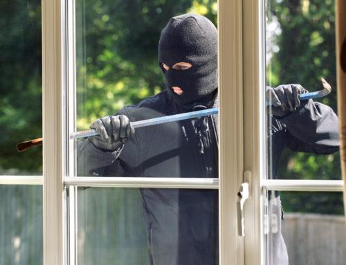 Undgå indbrud i ferien med disse 17 gode tips
